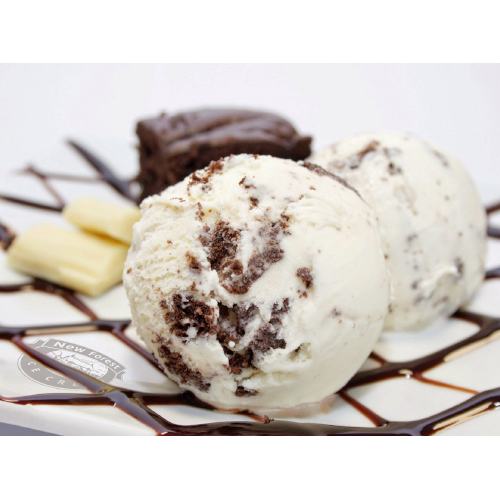 4lt New Forest Dairy Brownie & White Chocolate